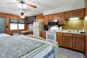 Economy Single Room Cabin